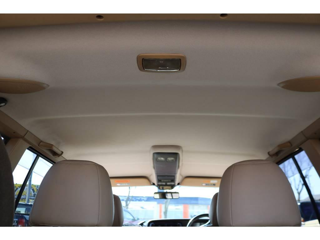 天井もご覧の通り綺麗な状態です! | ジープ チェロキー リミテッド 4WD