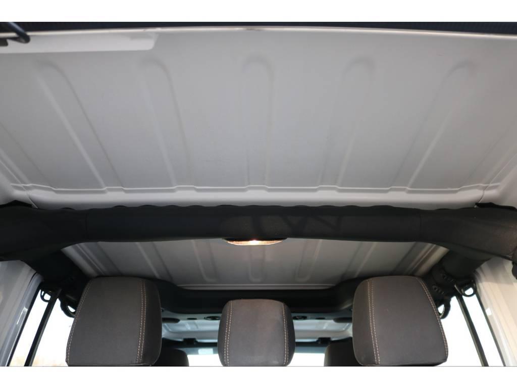 天井部☆ご覧の通り綺麗な状態です♪ | ジープ ラングラー アンリミテッド サハラ 4WD