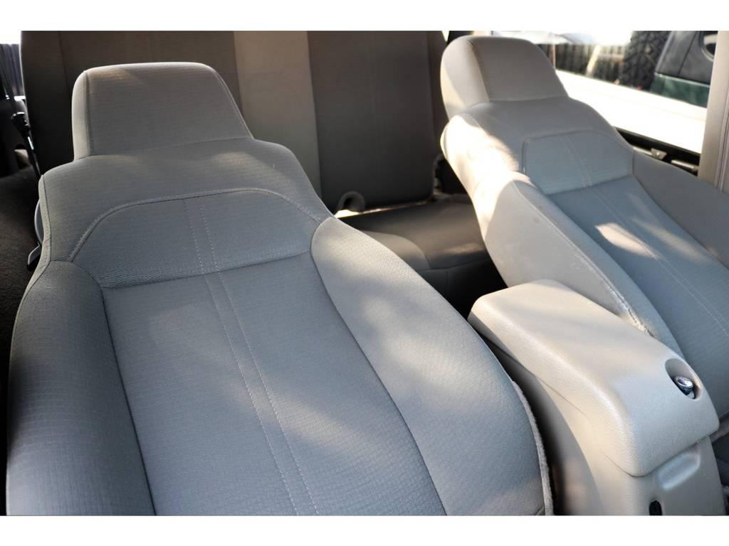 シートの状態も良好です♪ | ジープ ラングラー サハラ ハードトップ 4WD アンヴィルNEWペイント