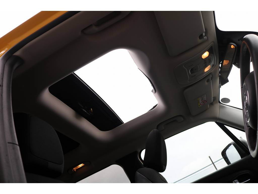 ジープレネゲードトレイルホーク 4WD電動サンルーフ フリーダムトップ千葉県の詳細画像その18