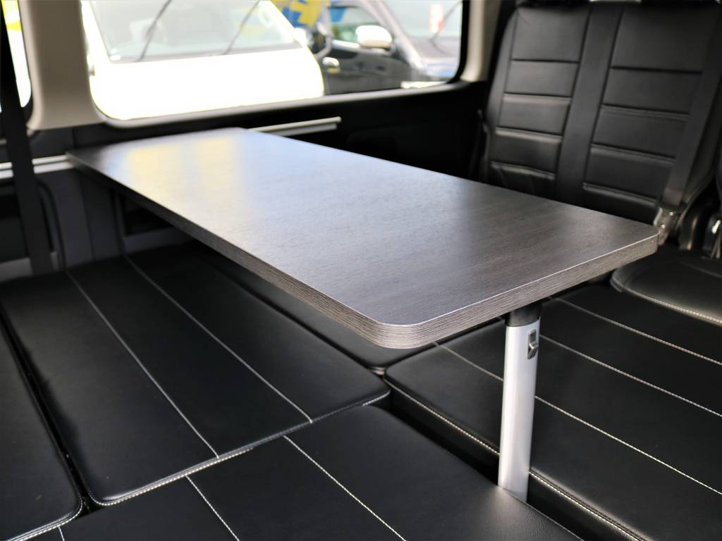 ワイドなテーブル付きでお出掛けがもっと楽しくなりますね!   トヨタ ハイエース 2.7 GL ロング ミドルルーフ 4WD FLEX Ver1 ツインナビPKG