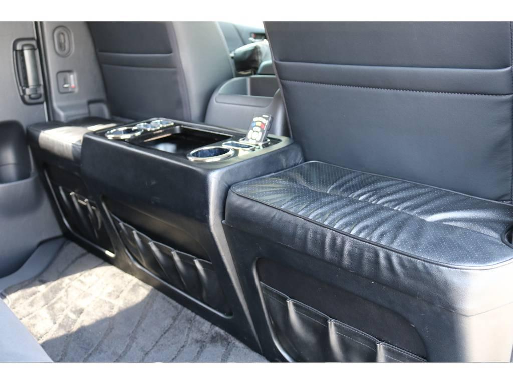 セカンドテーブルも装着済みです! | トヨタ ハイエースバン 3.0 スーパーGL  ダークプライム ロングボディ ディーゼルターボ
