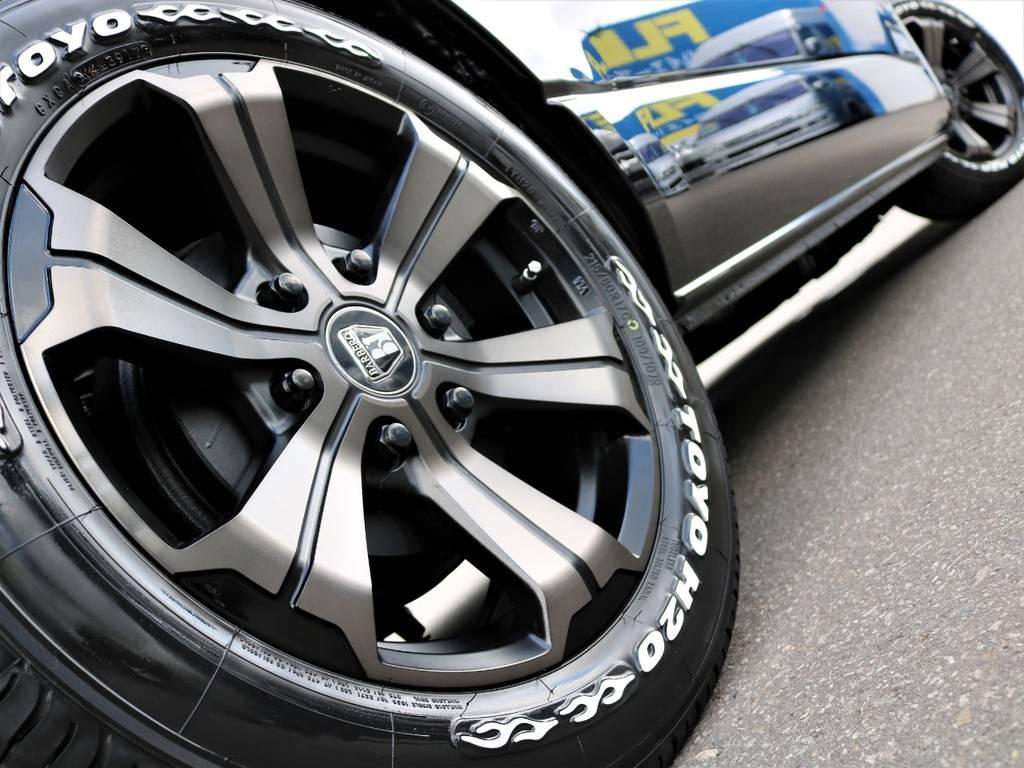 FLEXオリジナルカラー バルベロ アーバングランデ 17インチ!   トヨタ ハイエースバン 2.7 スーパーGL 50THアニバーサリー リミテッド ワイド ミドルルーフ ロングボディ4WD FU-Wスライドシート