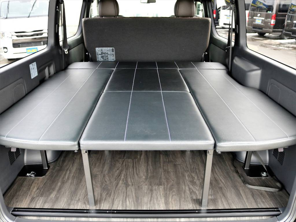 FLEXオリジナル内装架装アレンジFU-W 後部座席スライド式!   トヨタ ハイエースバン 2.7 スーパーGL 50THアニバーサリー リミテッド ワイド ミドルルーフ ロングボディ4WD FU-Wスライドシート