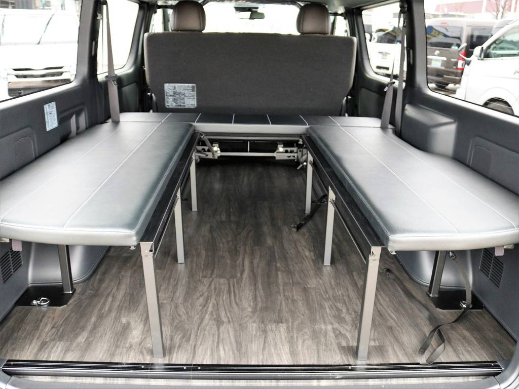 場面に合わせた自由なアレンジをお楽しみください!   トヨタ ハイエースバン 2.7 スーパーGL 50THアニバーサリー リミテッド ワイド ミドルルーフ ロングボディ4WD FU-Wスライドシート