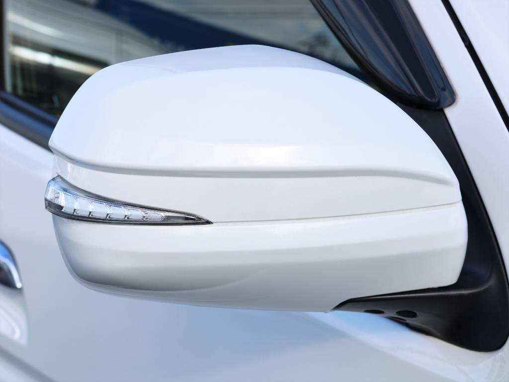 アベスト LEDウィンカーミラー! | トヨタ ハイエースバン 3.0 スーパーGL ロング ディーゼルターボ 4WD