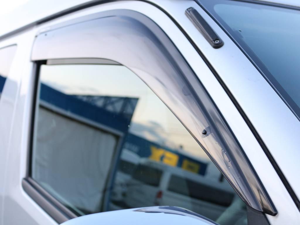 純正ドアバイザー付き! | トヨタ ハイエース 2.7 GL ロング ミドルルーフ 4WD 内装架装車輌