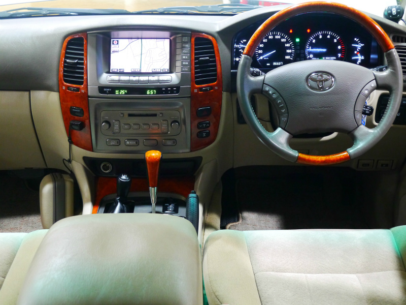 ランドクルーザー100 4.7 VXリミテッド プレミアムエディション Gセレクション 4WD