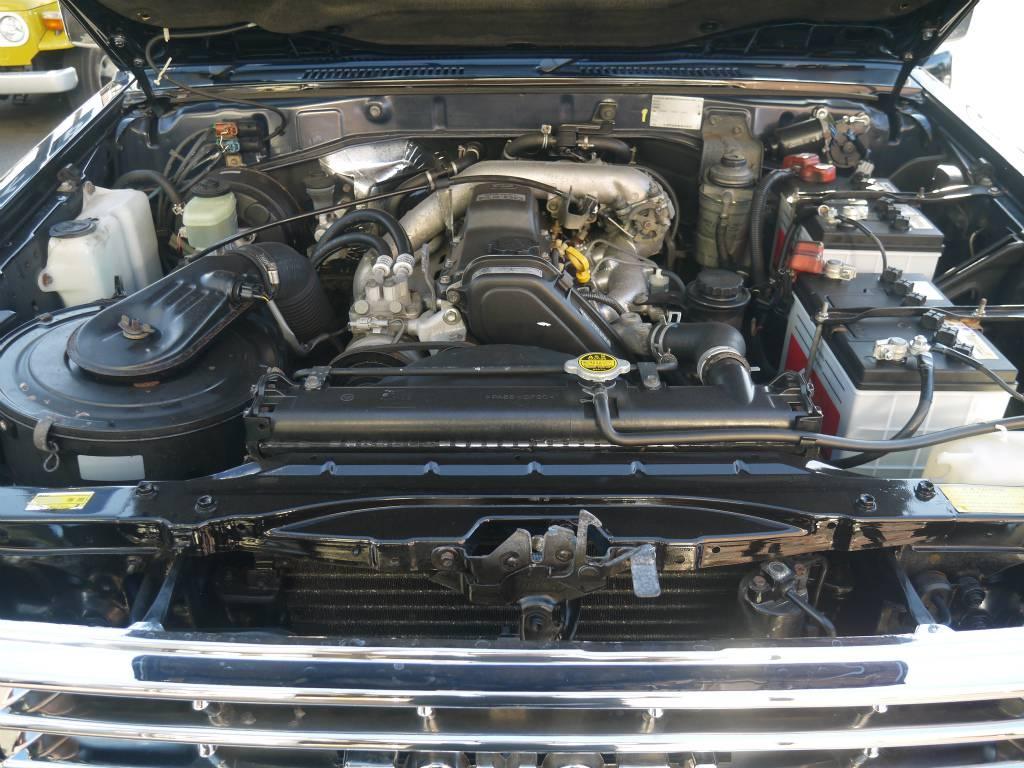 3000CCのディーゼルターボです!耐久性にも優れています! | トヨタ ランドクルーザープラド 3.0 SXワイド ディーゼルターボ 4WD 5MTのショートボディー