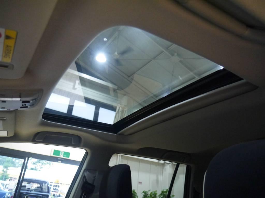 チルト機能付きサンルーフ!新車では10万円以上するオプションになります! | トヨタ ランドクルーザープラド 2.8 TX ディーゼルターボ 4WD