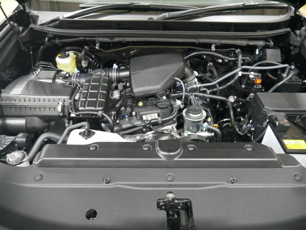 2700CCのガソリンエンジン! | トヨタ ランドクルーザープラド 2.7 TX 4WD 新車未登録 5人乗