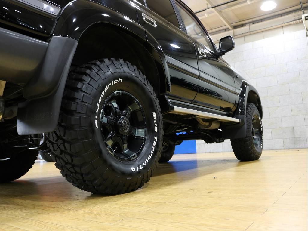 サイドステップも装備しておりますので、乗降りも安心です! | トヨタ ランドクルーザー80 4.2 VX ディーゼルターボ 4WD 最終モデル 純正ブラック