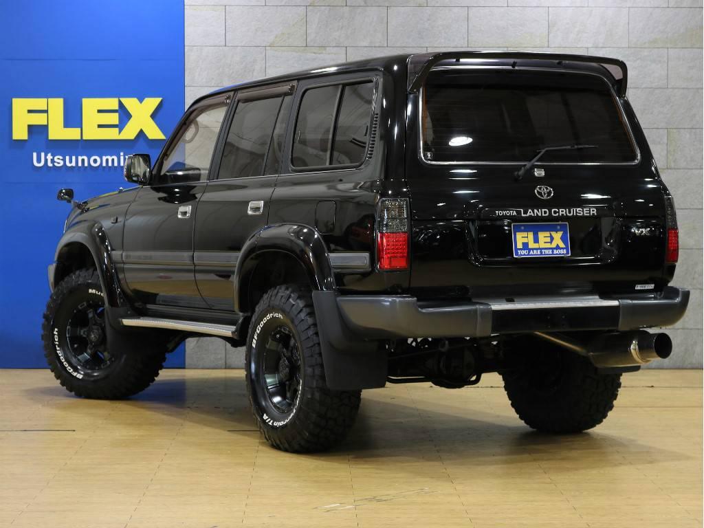 当店は工場併設店舗ですので、ご納車後のアフターメンテナンスや車検、カスタムなどお気軽にご相談下さい。 | トヨタ ランドクルーザー80 4.2 VX ディーゼルターボ 4WD 最終モデル 純正ブラック