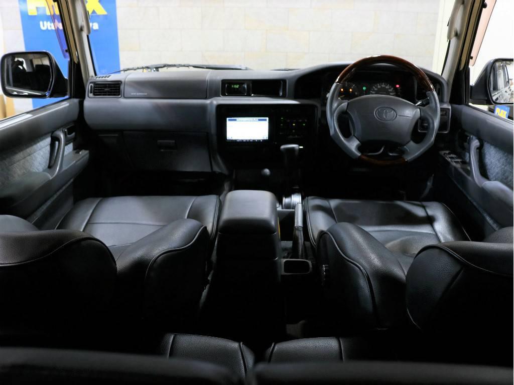 最終型ですので、Wエアバッグです! | トヨタ ランドクルーザー80 4.2 VX ディーゼルターボ 4WD 最終モデル 純正ブラック