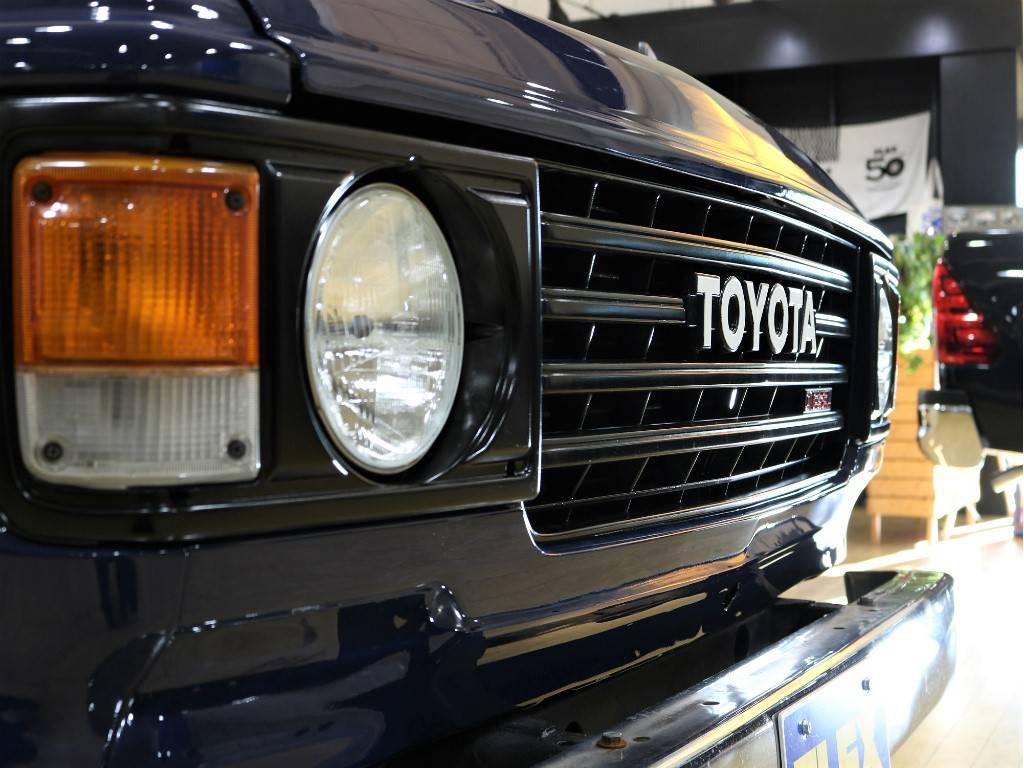 丸目フェイス!マッドブラックにて塗分け!   トヨタ ランドクルーザー60 3.4 観音扉 ディーゼル 4WD