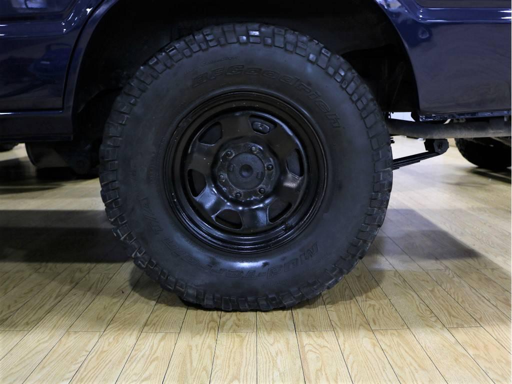 純正スチールホイールをマッドブラック塗装致しました!   トヨタ ランドクルーザー60 3.4 観音扉 ディーゼル 4WD