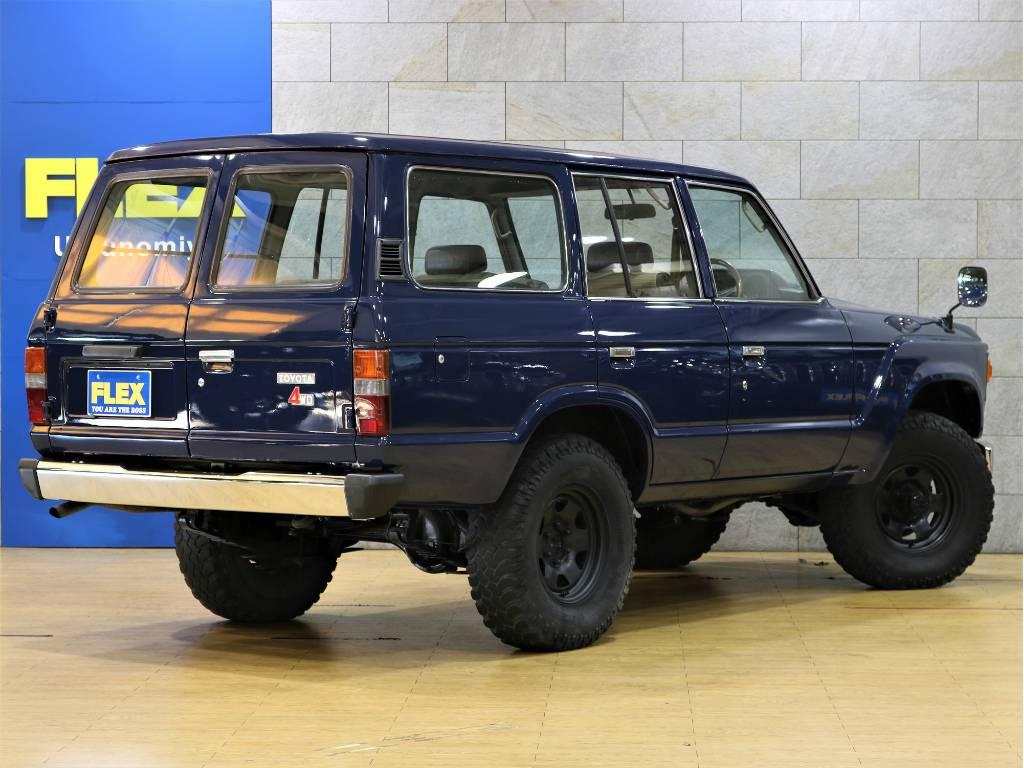 リアは観音扉!少ないスペースで荷物を積む事が出来ます!   トヨタ ランドクルーザー60 3.4 観音扉 ディーゼル 4WD