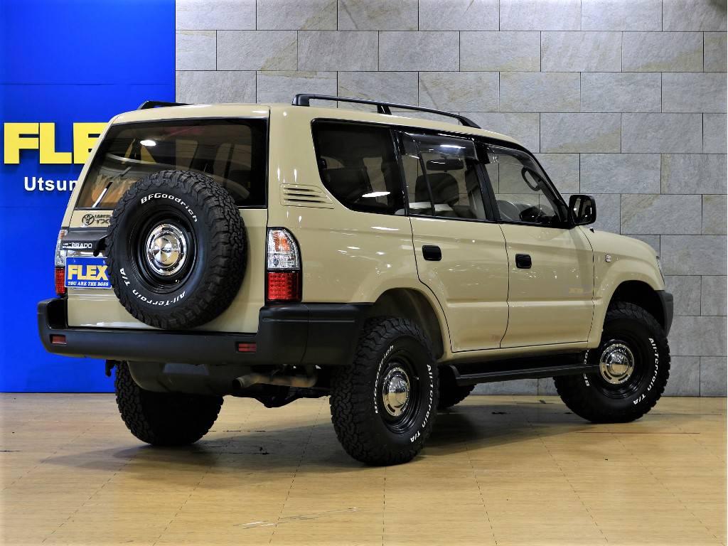 リアゲートは横開きドアです! | トヨタ ランドクルーザープラド 2.7 TX リミテッド 4WD クラシックスタイル