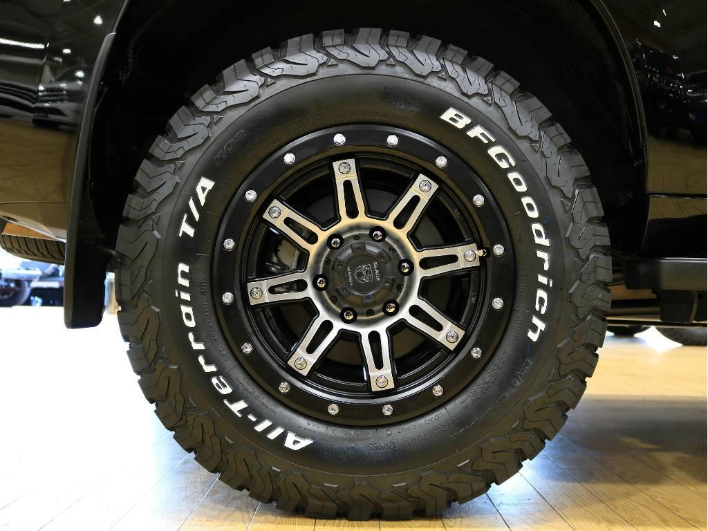 新品BLACK MAMBA17インチホイール 新品BFグッドリッチ ATタイヤ   トヨタ ランドクルーザープラド 2.7 TX 4WD ワンオーナー ベージュ内装