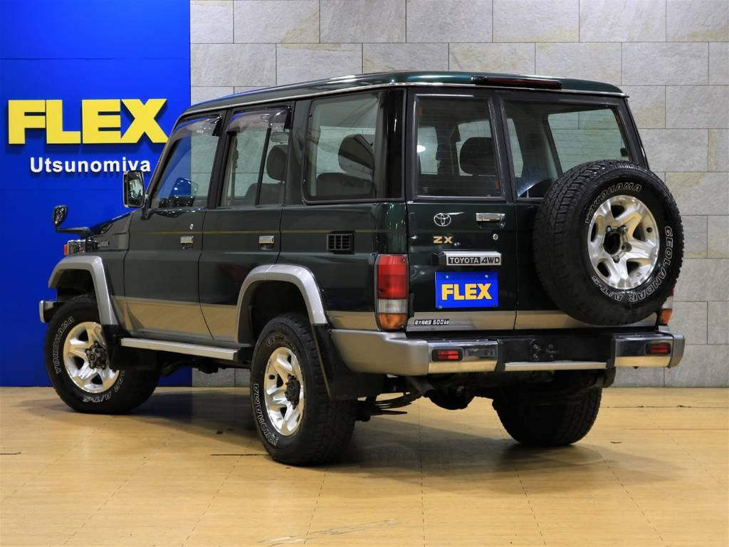 当店は工場併設店舗ですので、ご納車後にアフターメンテナンスや車検、カスタムなどもお任せ下さい! | トヨタ ランドクルーザー70 4.2 ZX ディーゼル 4WD