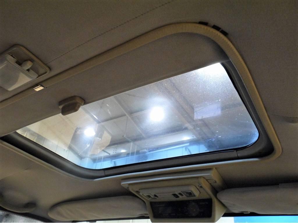 サンルーフ付き   トヨタ ランドクルーザー60 4.0 VX ハイルーフ ディーゼルターボ 4WD