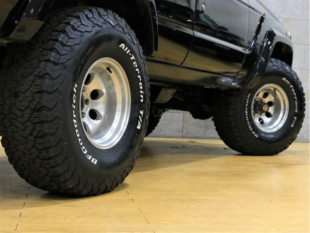   トヨタ ランドクルーザー60 4.0 VX ハイルーフ ディーゼルターボ 4WD