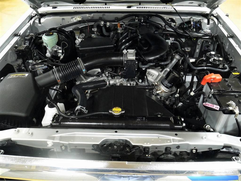 V6の4000CCエンジン!1GRエンジン搭載 | トヨタ ランドクルーザー70