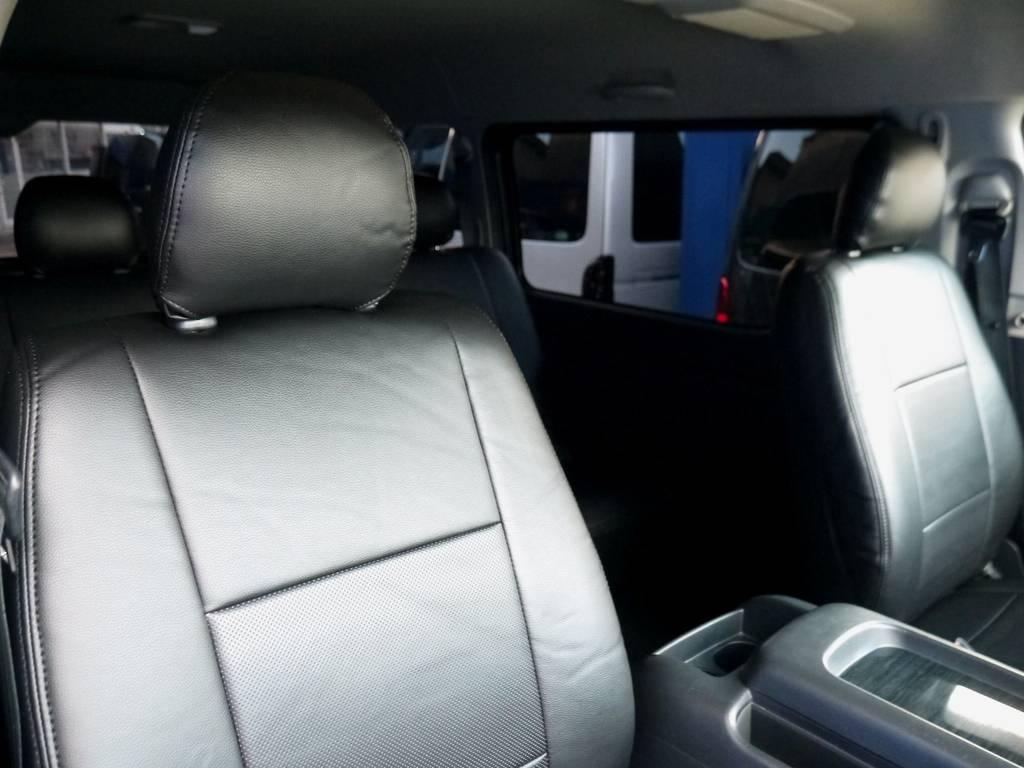 ブラックレザー調シートカバーで高級感を演出!!   トヨタ ハイエースバン 2.7 スーパーGL ワイド ロング ミドルルーフ ブラックカスタム