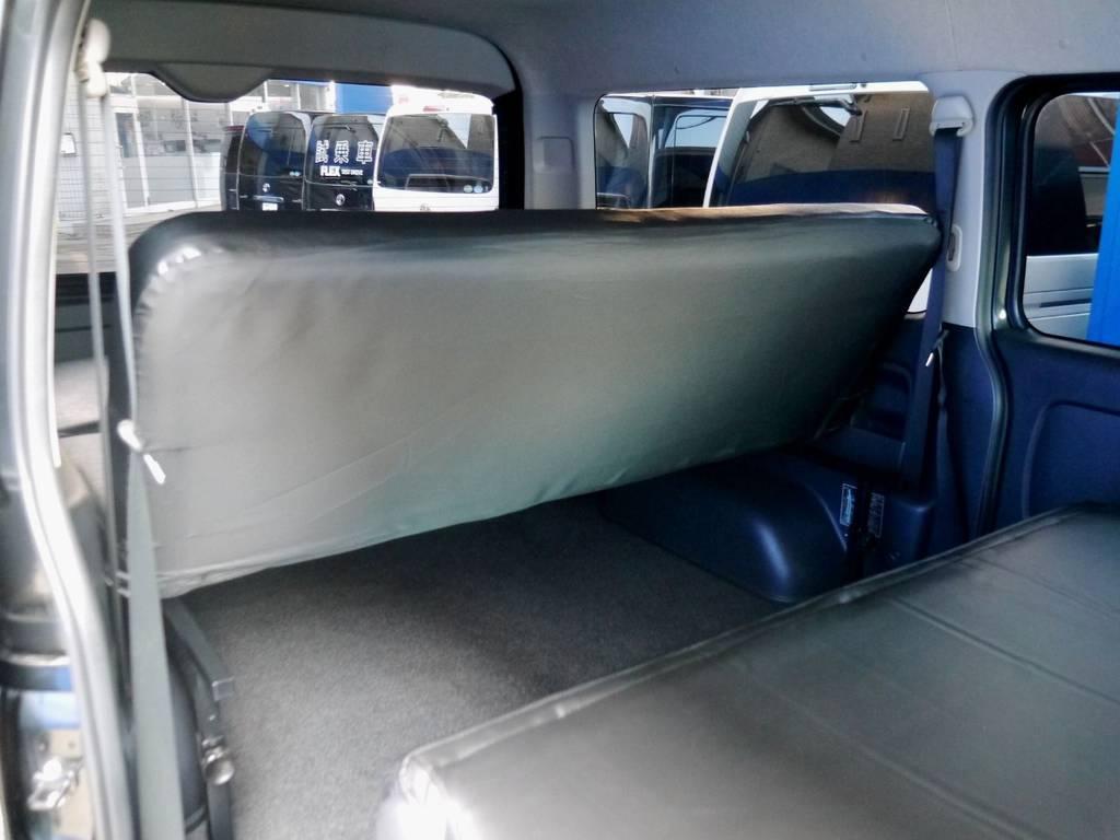 ベットキットはリクライニング機能付!!   トヨタ ハイエースバン 2.7 スーパーGL ワイド ロング ミドルルーフ ブラックカスタム