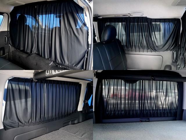 後席にはカーテン完備!! | トヨタ レジアスエース 2.7 スーパーGL ワイド ミドルルーフ ロングボディ 4WD アウトドアパッケージ