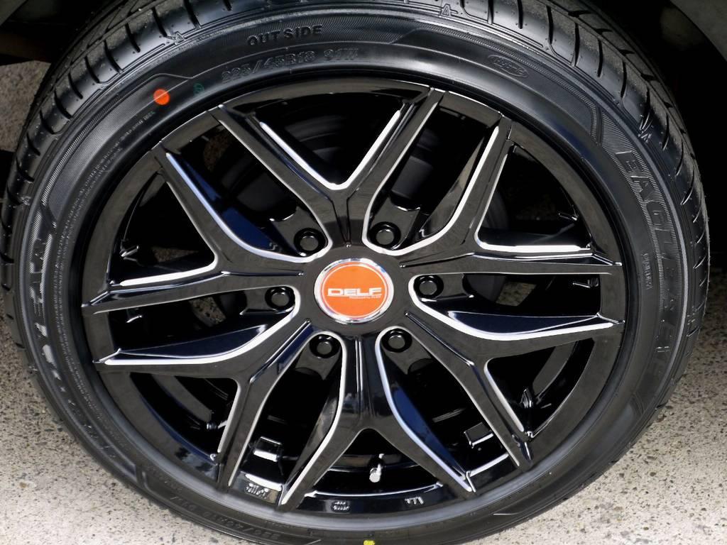 足元にはフレックスオリジナル Delf01 18インチアルミをインストール!! | トヨタ ハイエースバン 2.0 スーパーGL ダークプライム ロングボディ ブラックカスタムパッケージ
