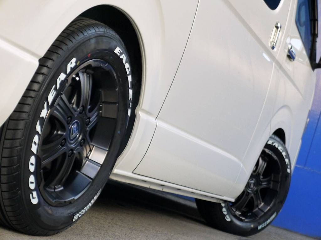 ボディーラインにベストマッチのホイール!! | トヨタ レジアスエース 3.0 スーパーGL  ダークプライム ロングボディ ディーゼルターボ ライトカスタムパッケージ
