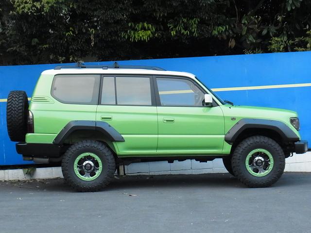 新品バネ&ショックで2インチリフトアップ! | トヨタ ランドクルーザープラド 2.7 TX リミテッド 4WD COLORBOMB グリーン