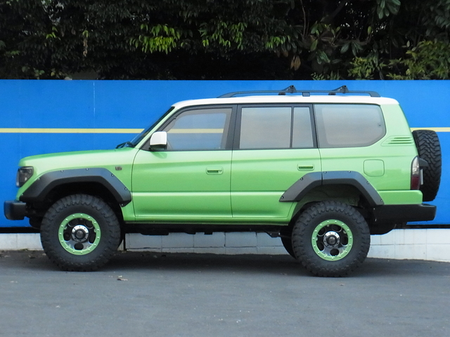 新品FLEXオリジナルオーバーフェンダー! | トヨタ ランドクルーザープラド 2.7 TX リミテッド 4WD COLORBOMB グリーン