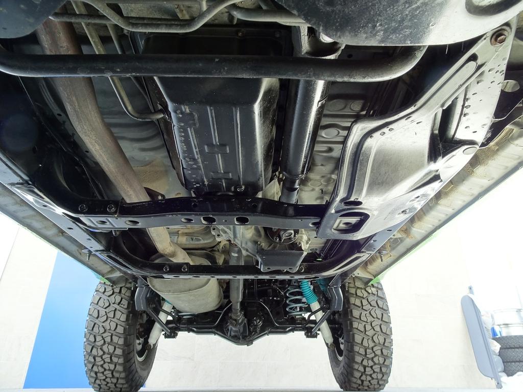 下回りの状態も申し分なし!! | トヨタ ランドクルーザープラド 3.0 TX ディーゼルターボ 4WD