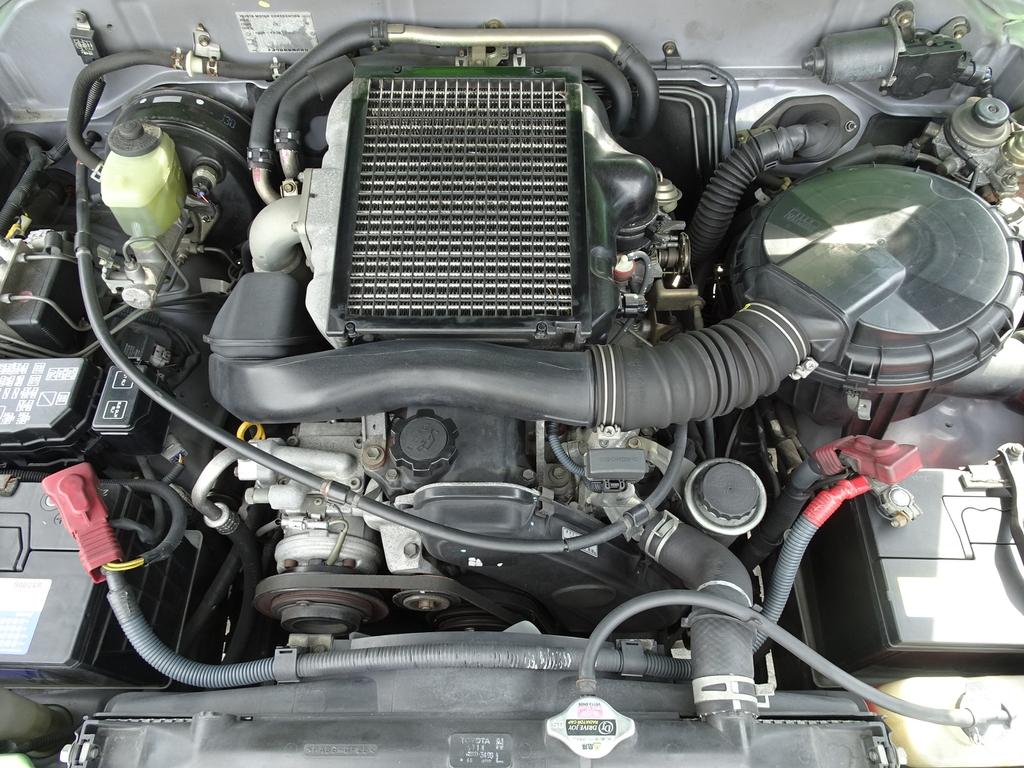 3000CCディーゼルターボ!! | トヨタ ランドクルーザープラド 3.0 TX ディーゼルターボ 4WD