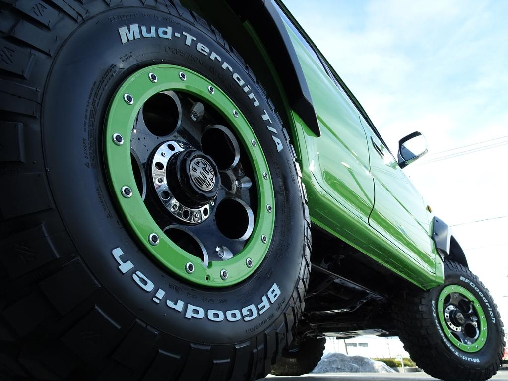同色のリング付きです!! | トヨタ ランドクルーザープラド 3.0 TX ディーゼルターボ 4WD