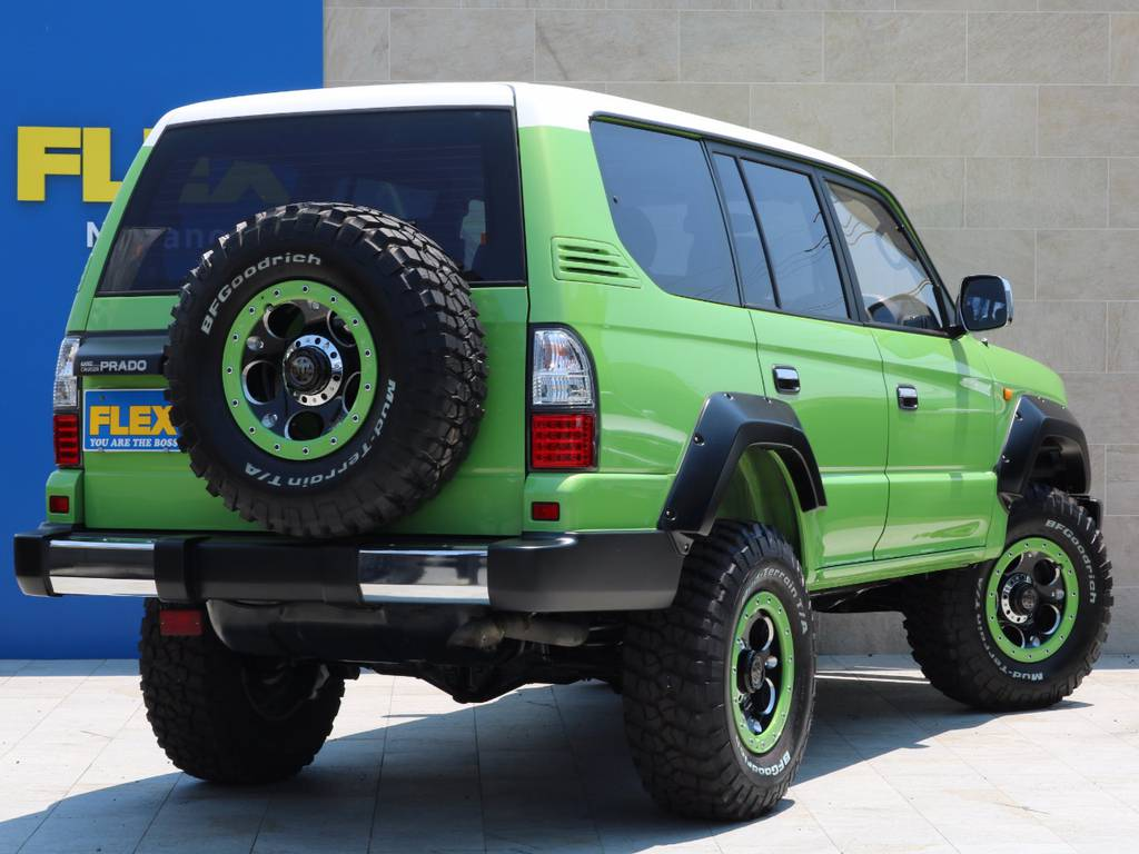 95プラドをやまざきたかゆき氏がデザインを手掛けFLEXが現実の世界に召喚させた、それがカラーBOMです!! | トヨタ ランドクルーザープラド 3.0 TX ディーゼルターボ 4WD