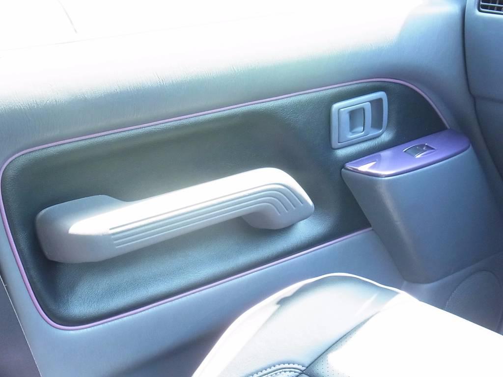 内張りも新品!ボディと同色です! | トヨタ ランドクルーザープラド 2.7 TX リミテッド 4WD COLORBOMB パープル