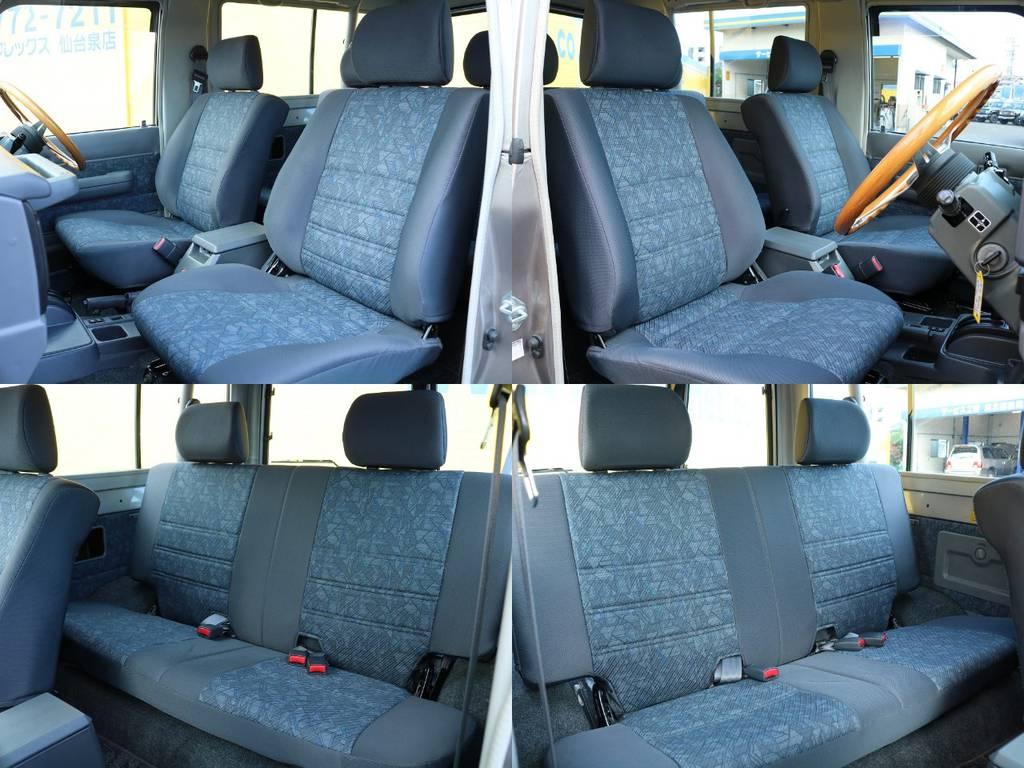 各席シートコンディションも良好です! | トヨタ ランドクルーザー70 4.2 ZX ディーゼル 4WD 低走行74 フェンダーミラー ブラV