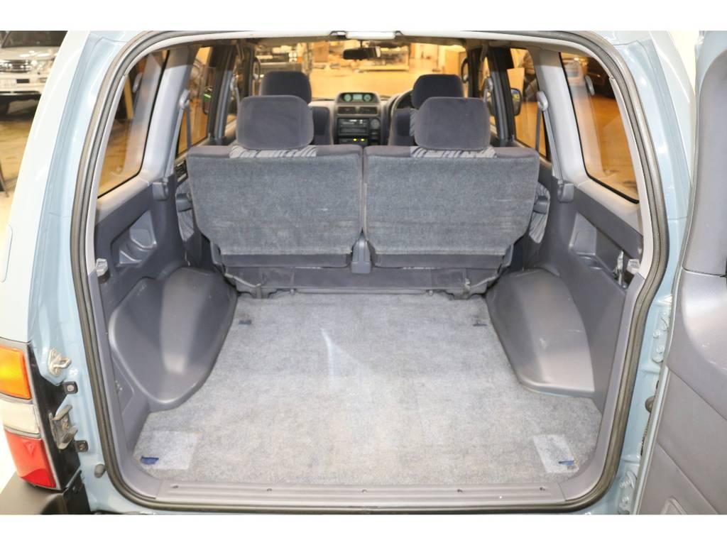 ラゲッジルームは広々と荷物が沢山積めます♪ | トヨタ ランドクルーザープラド 3.0 TX ディーゼルターボ 4WD