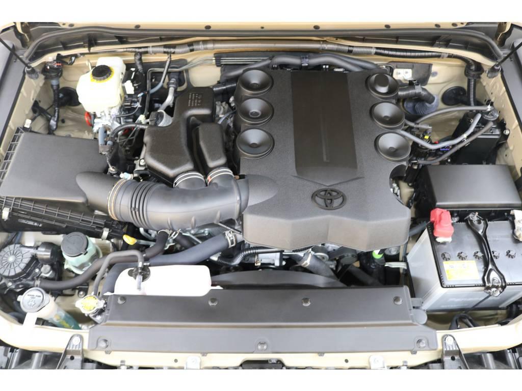 エンジンルームになります☆ | トヨタ FJクルーザー 4.0 カラーパッケージ 4WD