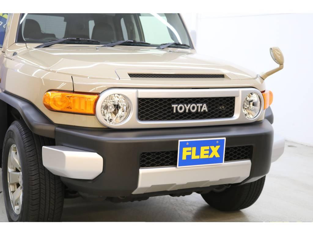 HIDヘッドライト交換等のカスタムもご相談下さい♪ | トヨタ FJクルーザー 4.0 カラーパッケージ 4WD
