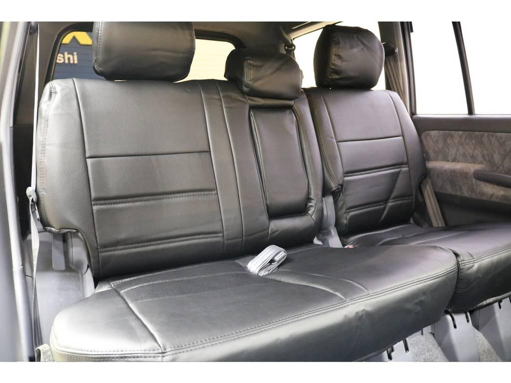 後部座席になります☆ | トヨタ ランドクルーザープラド 2.7 TX リミテッド 4WD