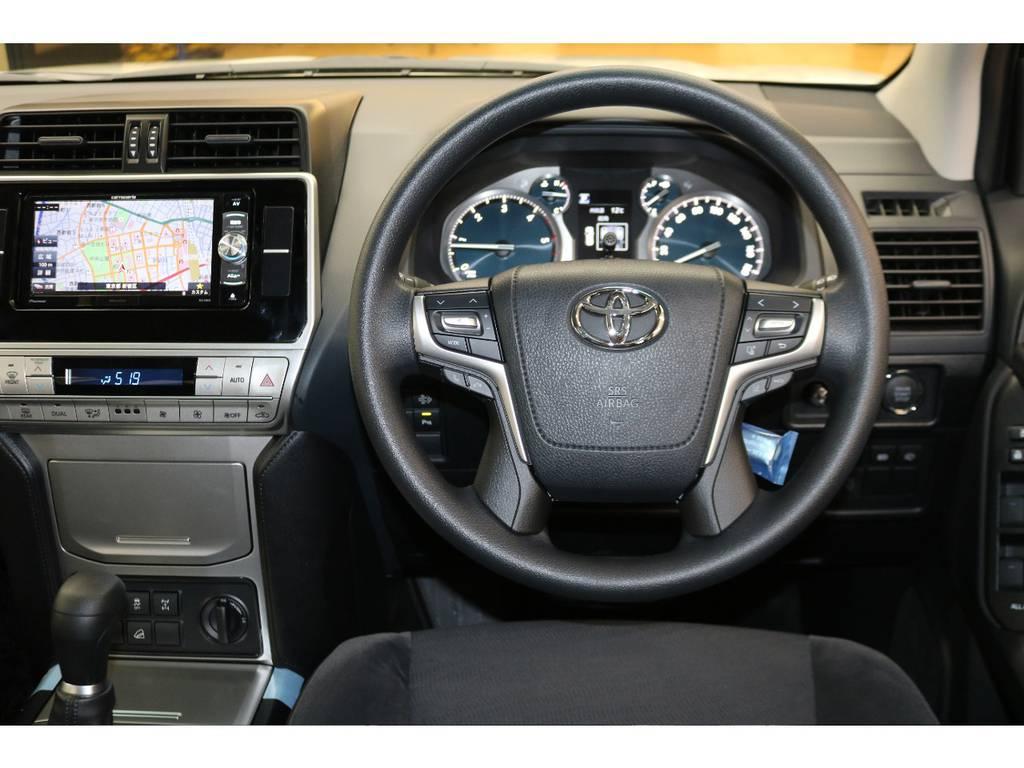 ステアリングスイッチ付き♪オーディオ等と連動してあります♪ | トヨタ ランドクルーザープラド 2.8 TX ディーゼルターボ 4WD 5人