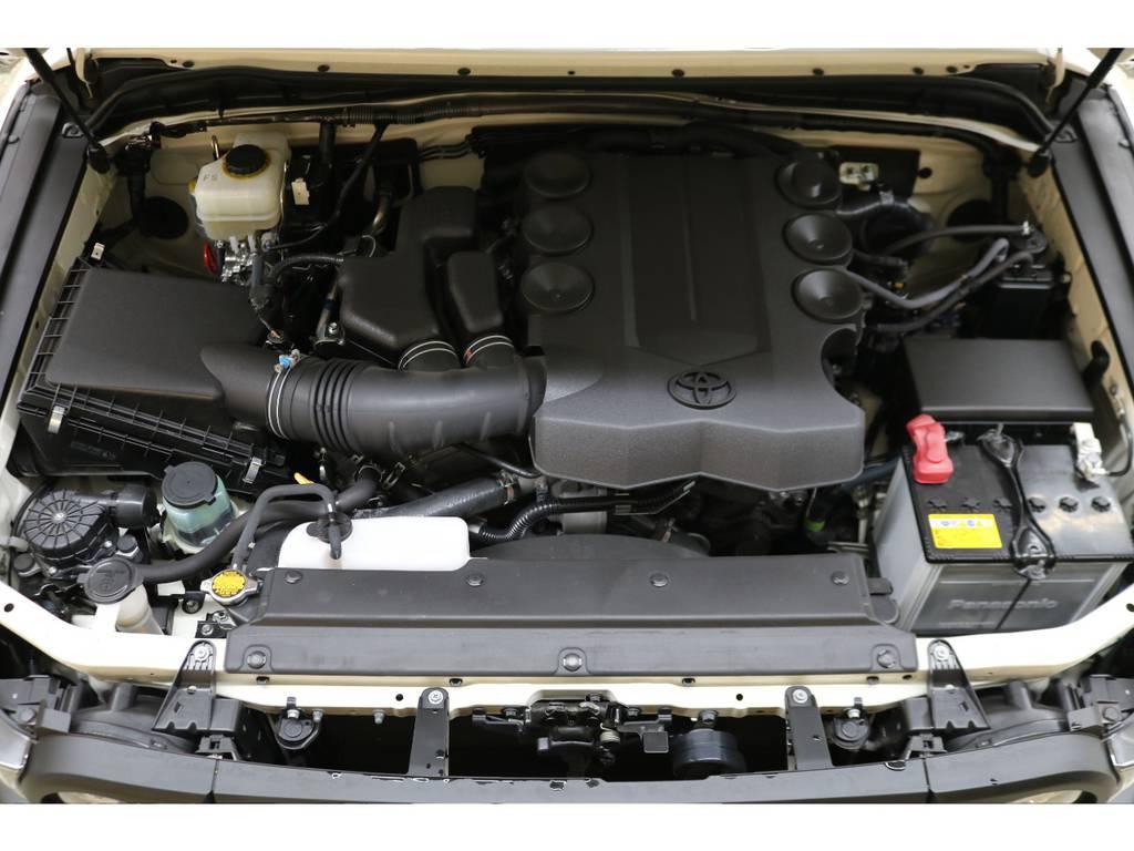 エンジンルームになります☆ | トヨタ FJクルーザー 4.0 4WD トレイル仕様 2インチUP