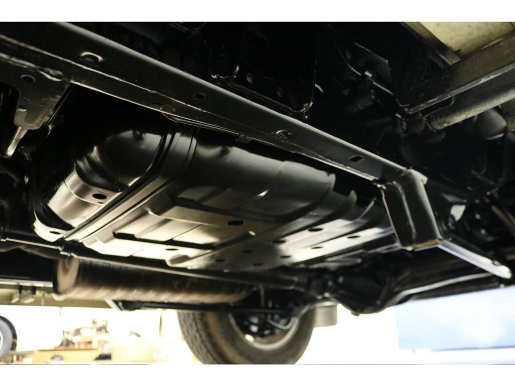 下廻りになります☆   トヨタ ランドクルーザーシグナス 4.7 4WD