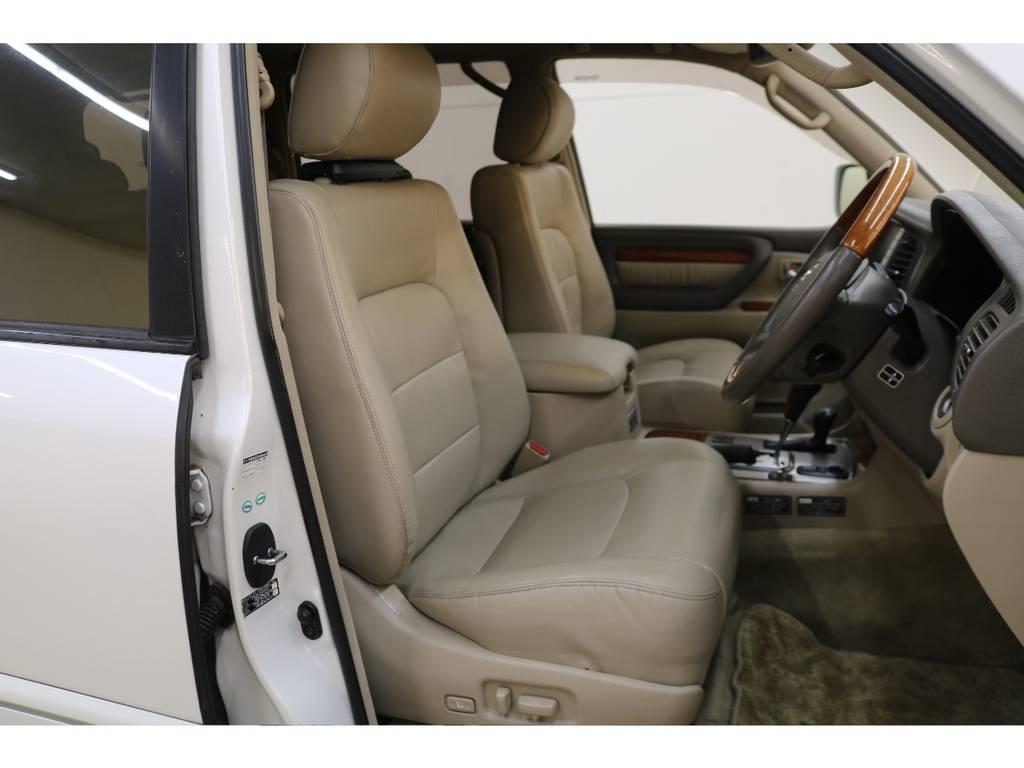 運転席/助手席本革パワーシート☆シートメモリ機能付き☆   トヨタ ランドクルーザーシグナス 4.7 4WD