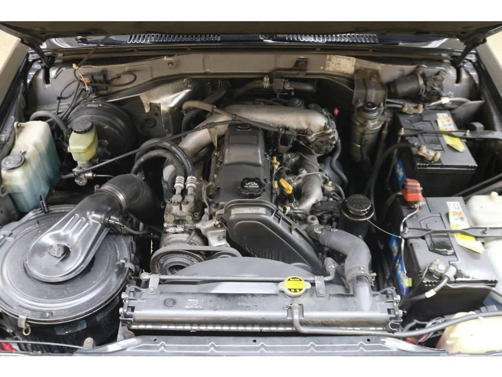 耐久性に優れた1KZエンジン搭載☆軽やかな走りだしが特徴的です♪ | トヨタ ランドクルーザープラド 3.0 SXワイド ディーゼルターボ 4WD