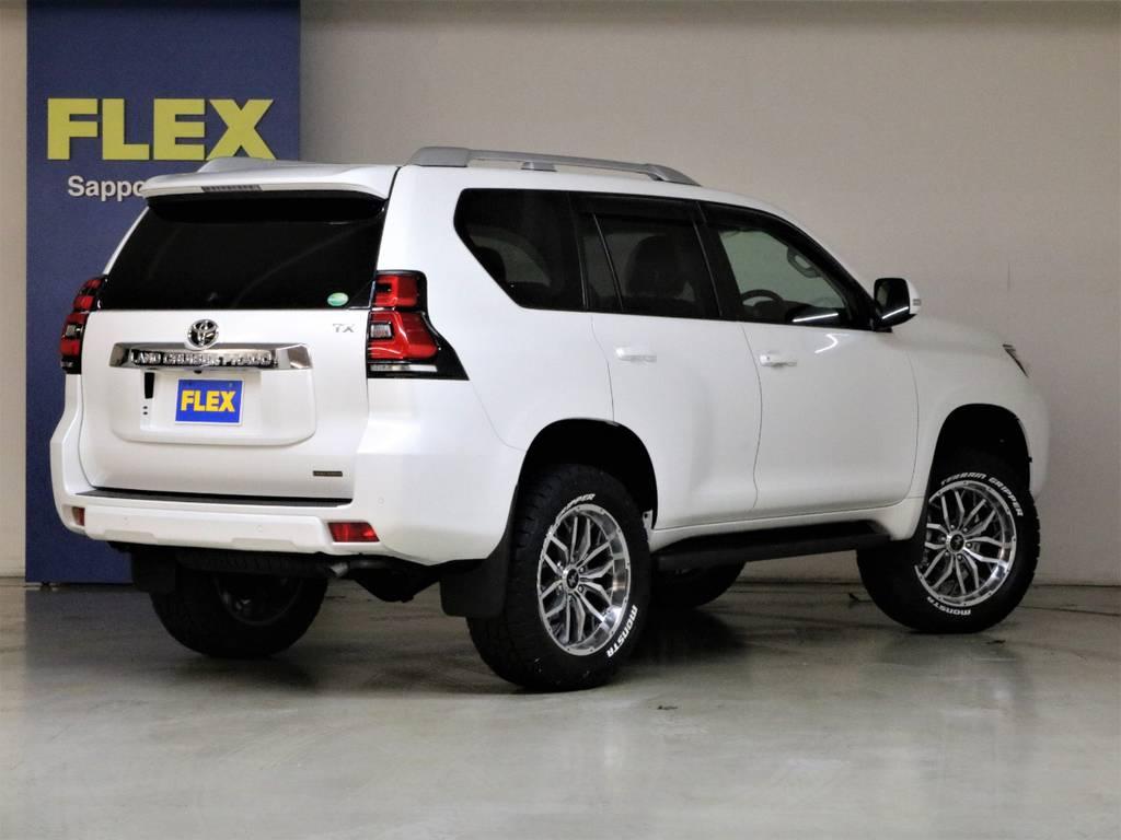 新車未登録車☆即納車可能です♪   トヨタ ランドクルーザープラド 2.8 TX ディーゼルターボ 4WD 7人